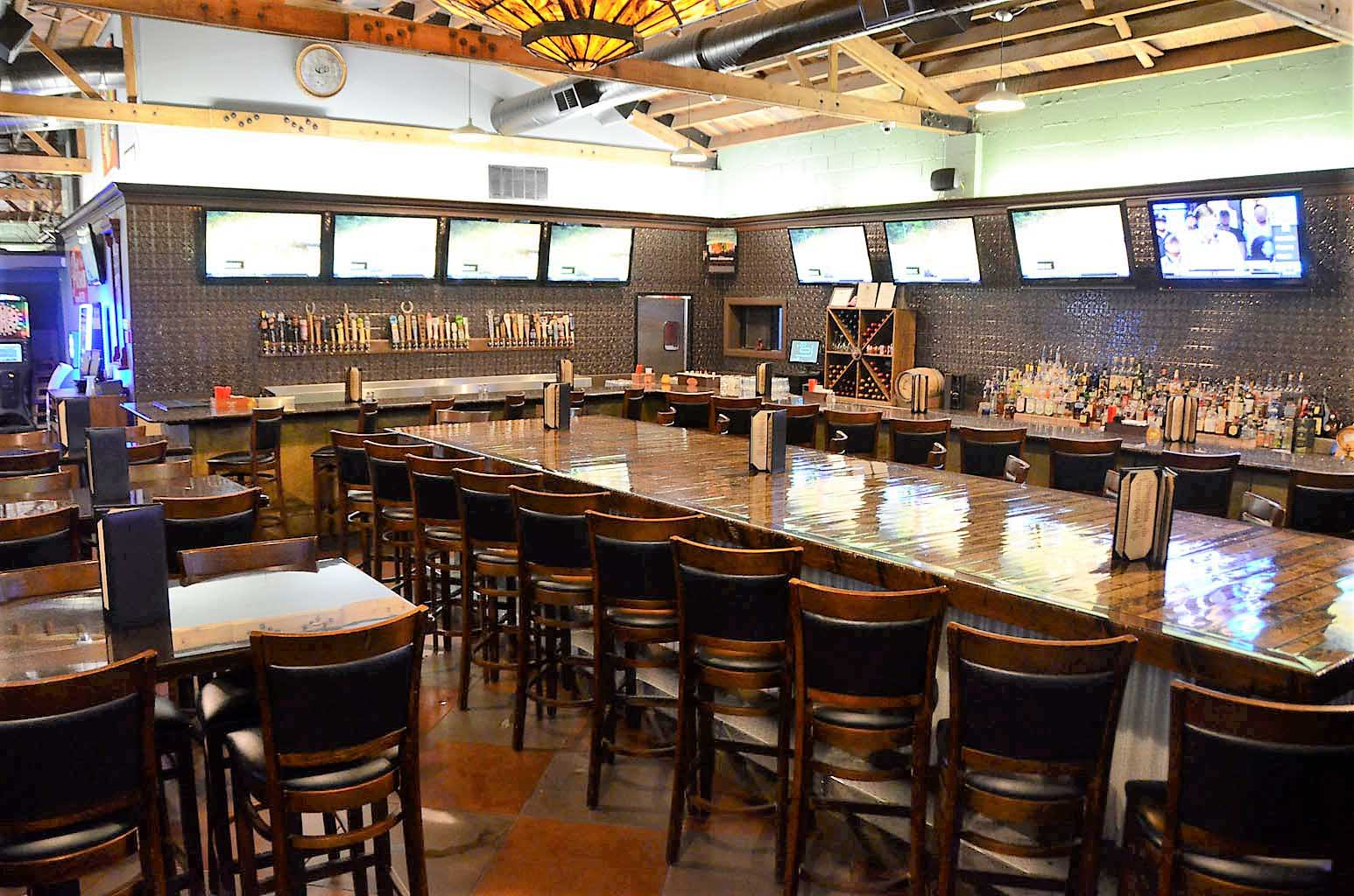 Hoppy Pig Bar & Grill - BradleyIllinois